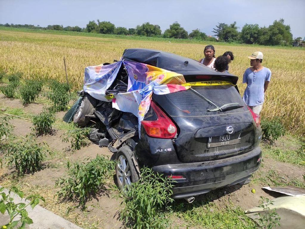 Pengemudi Mobil yang Tertabrak Kereta di Sidoarjo Tewas