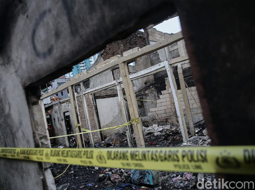 Kebakaran 130 Rumah di Jakbar Diduga Dipicu Cekcok Suami Istri
