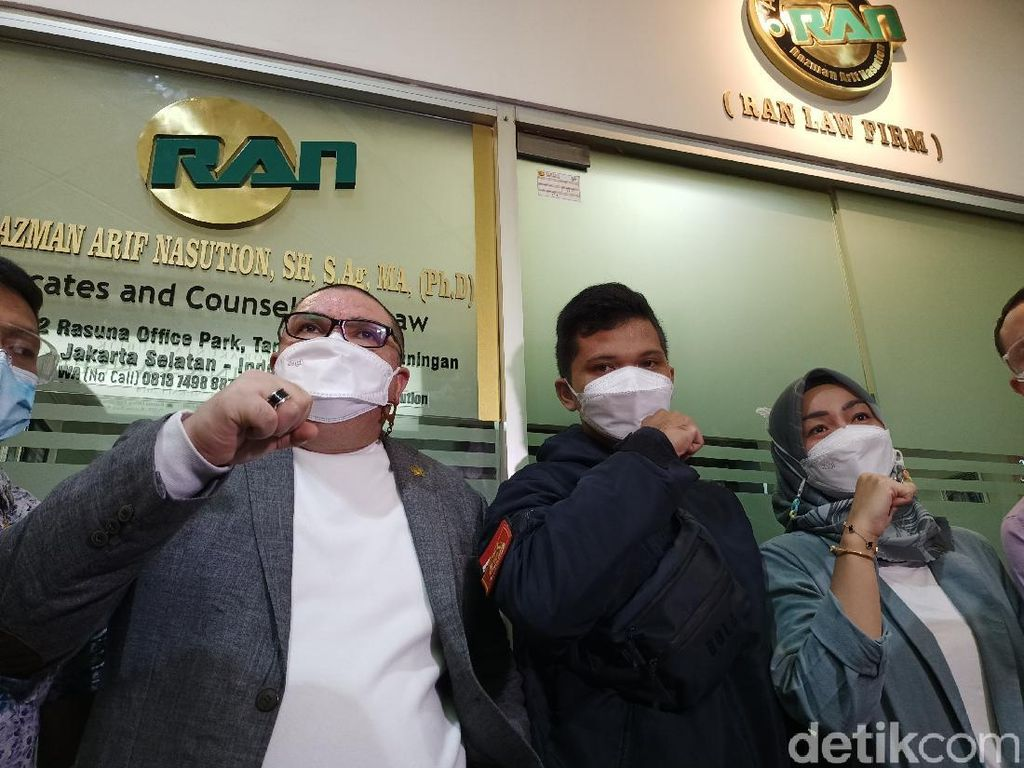 Dugaan Korupsi Damkar, Sandi Minta Walkot Depok Diperiksa