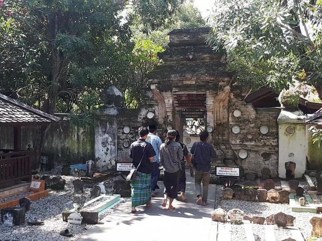 Ornamen Komplek Makam Jadi Bukti Syiar Islam Sunan Bonang di Tuban