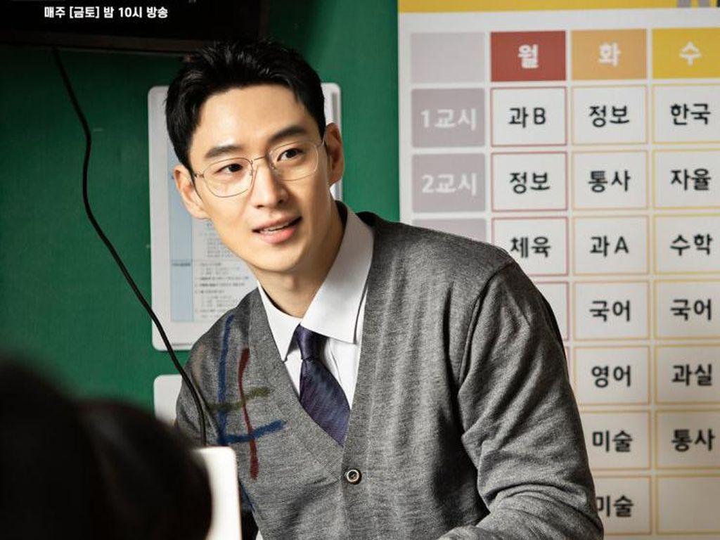 10 Fakta Lee Je Hoon, Bintang Taxi Driver yang Awet Muda di Umur 36 Tahun