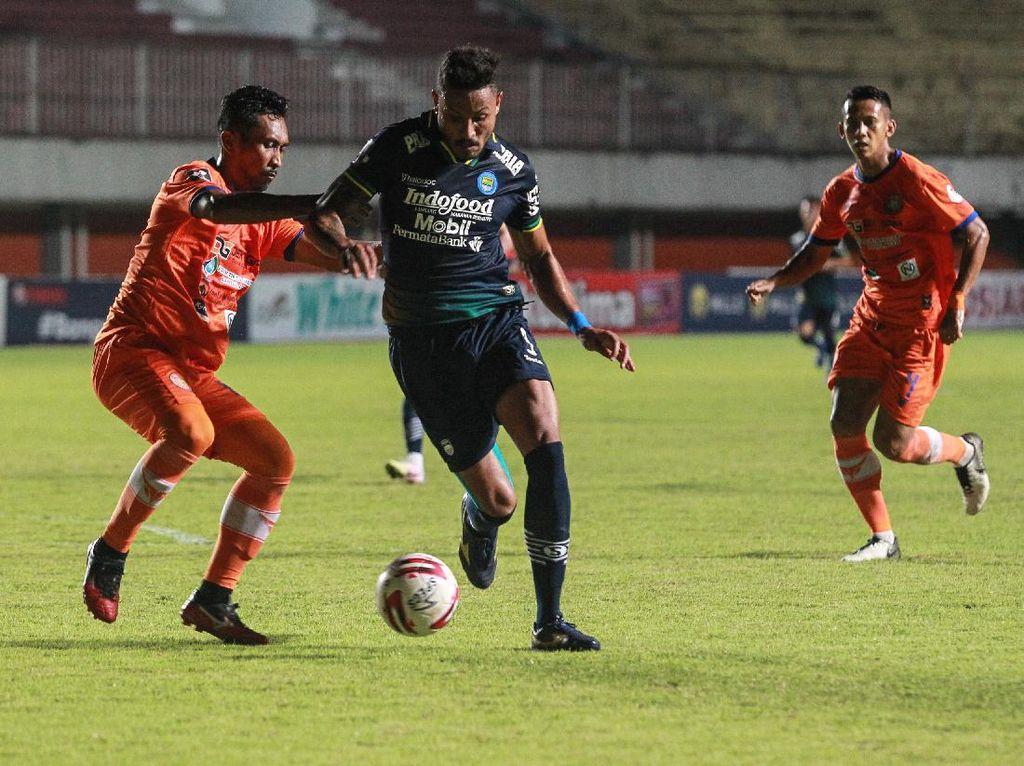 Prediksi Line-up PSS Vs Persib: Wander Luiz Main Sejak Awal