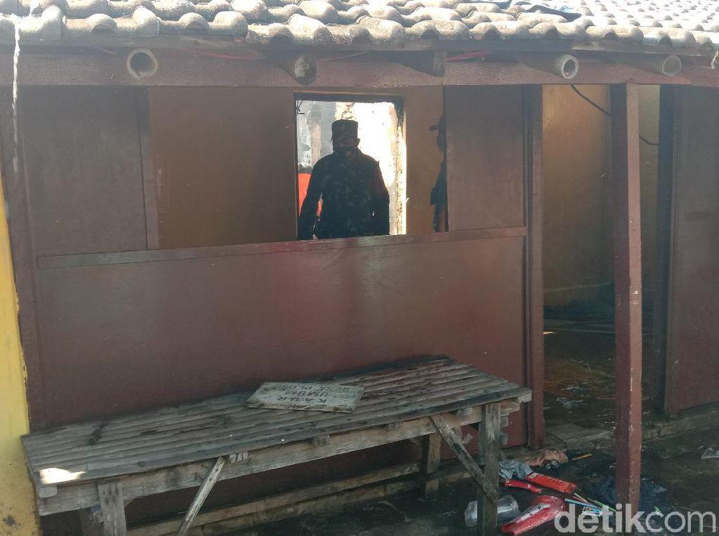 Satu Rumah Warga di Kudus Ludes Terbakar Pagi Ini