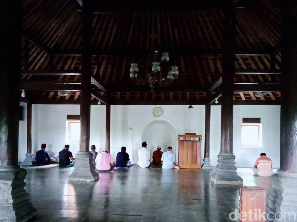Melihat Masjid Sunan Pandanaran di Klaten
