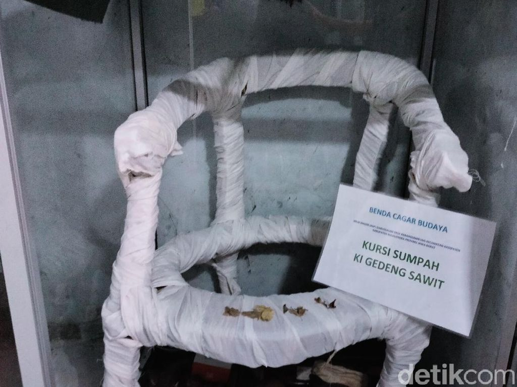 Cerita Kursi Sumpah-Sumur Kehidupan di Masjid Darussalam Majalengka