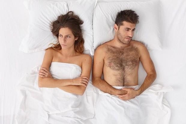 Bagi sebagian orang, seks mungkin tampak seperti selingan yang menyenangkan dan menyegarkan. Kalau kamu memiliki persepsi yang sama, bagus! Bersenang-senanglah. Tetapi mungkin kamu tidak bisa melakukan sesuatu dengan perasaan yang mengganjal karena persoalan lain, jangan dipaksakan!