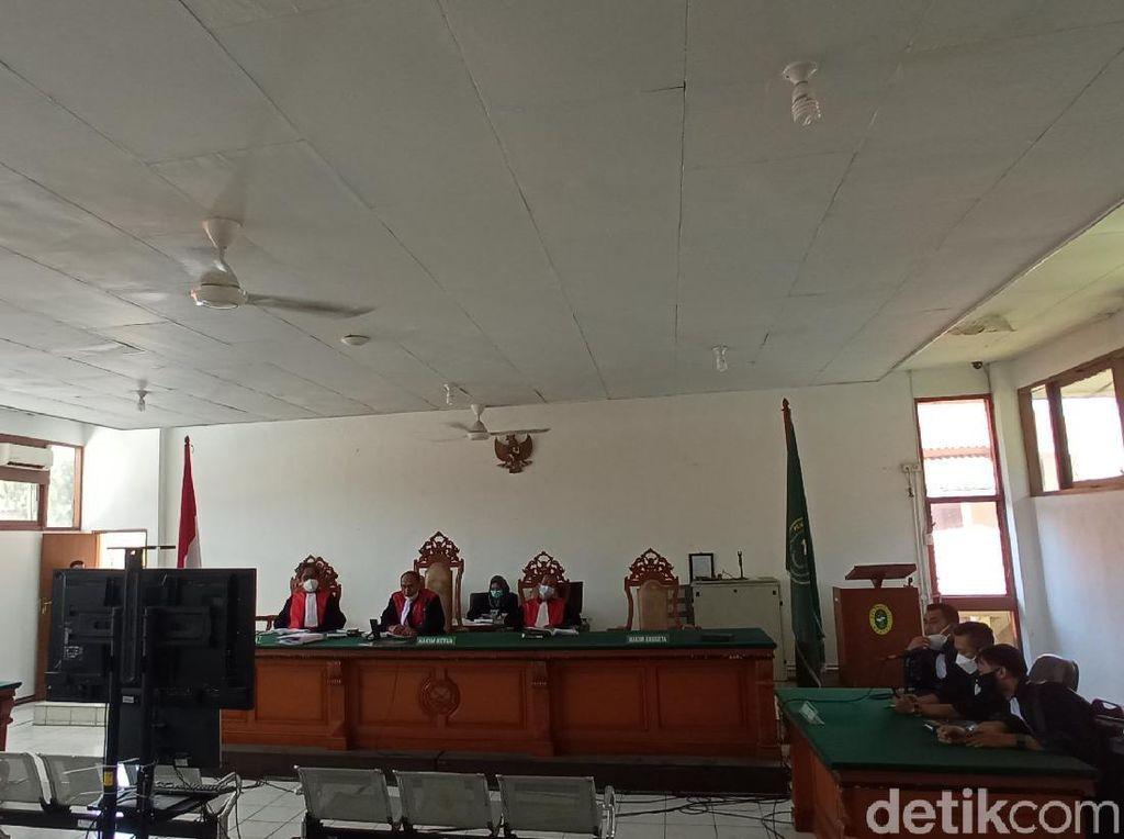 Saksi Korban Penganiayaan Tak Bisa Hadir, Sidang Habib Bahar Ditunda