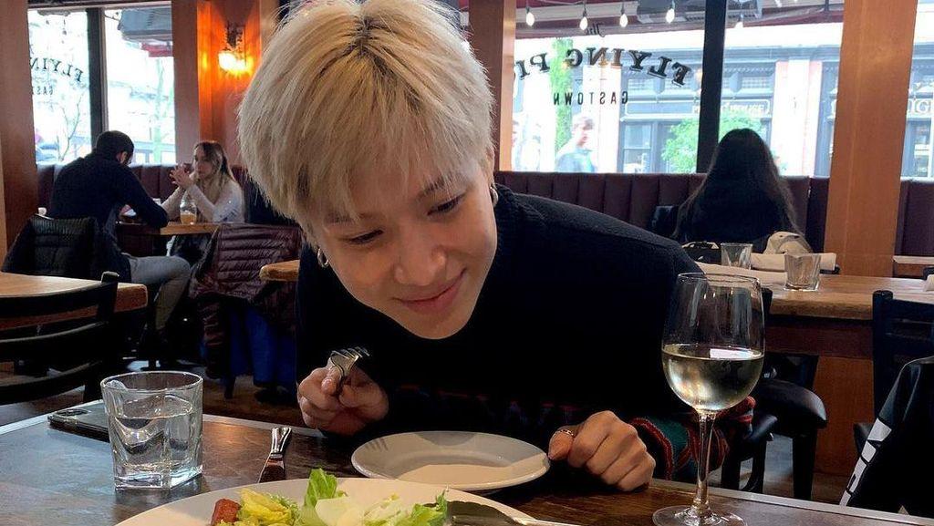 Taemin SHINee Segera Wamil, Intip Lagi Momennya Saat Kulineran