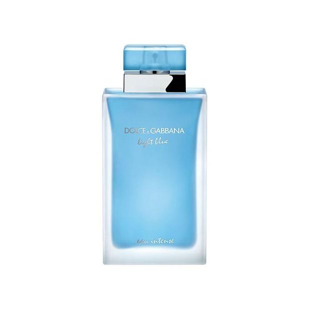 Light Blue Eu Intens dari Dolce & Gabbana adalah parfum floral fruity untuk wanita. Tetapi Light Blue Eau Intense mengurangi intensitas jeruk dan meningkatkan komposisi bunga,