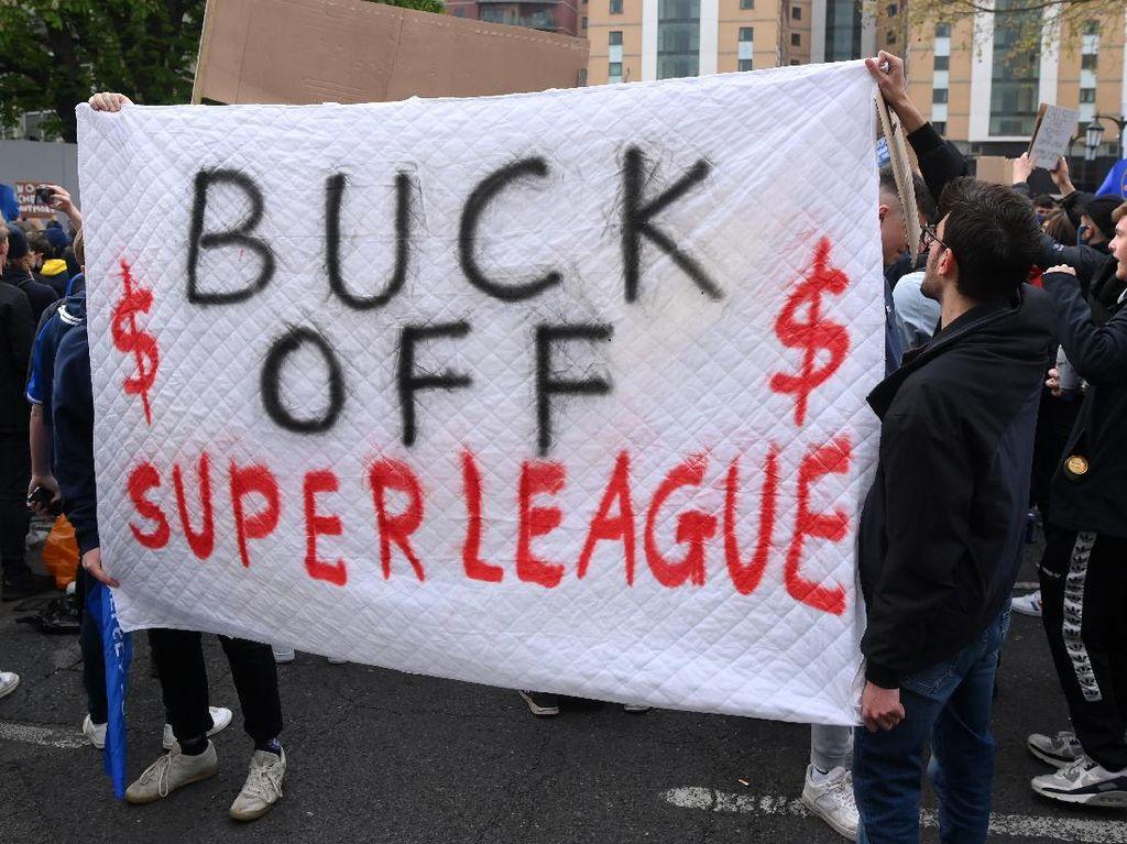 Suporter Inggris Menangi Perang Lawan European Super League