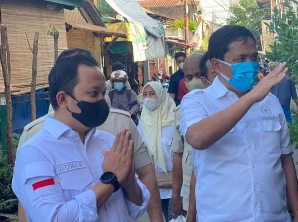 Pesan Habiburokhman dalam Operasi Bantu Rakyat di Jatinegara