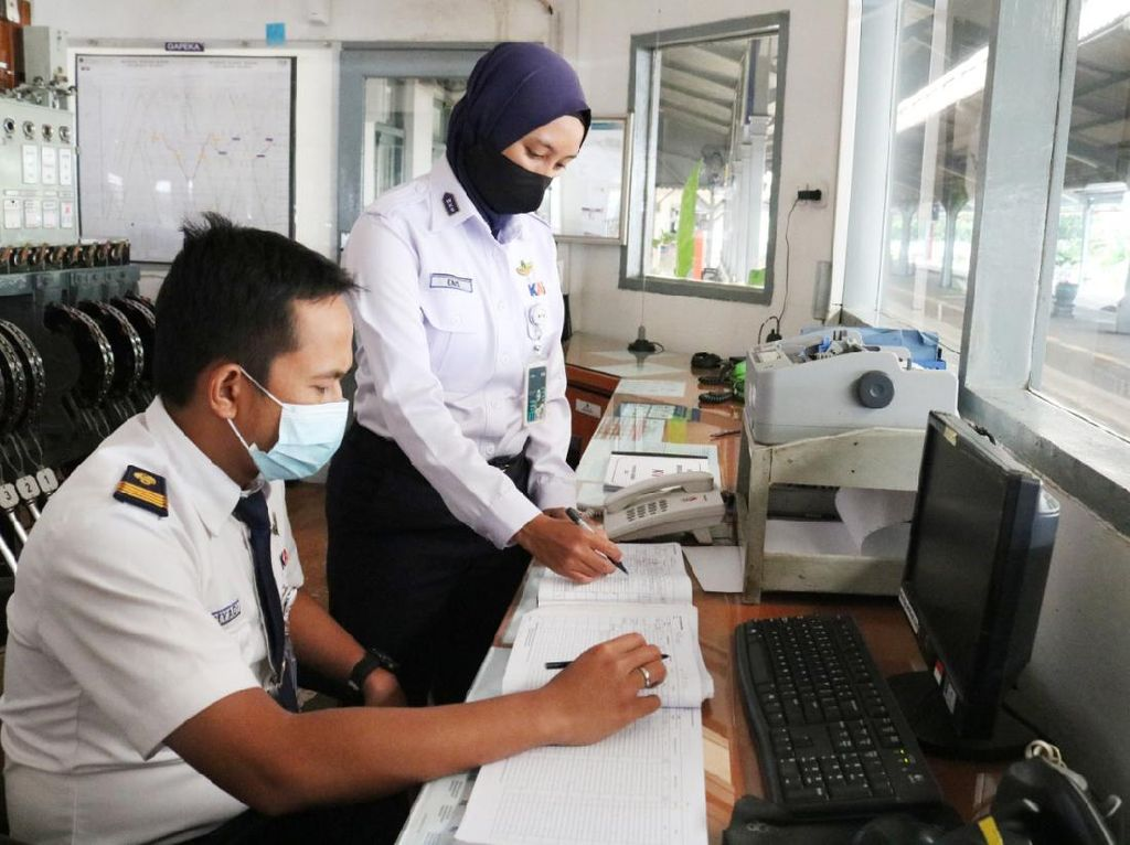 Cerita Kartini-kartini KAI yang Berkarier Bangun Perkeretaapian RI