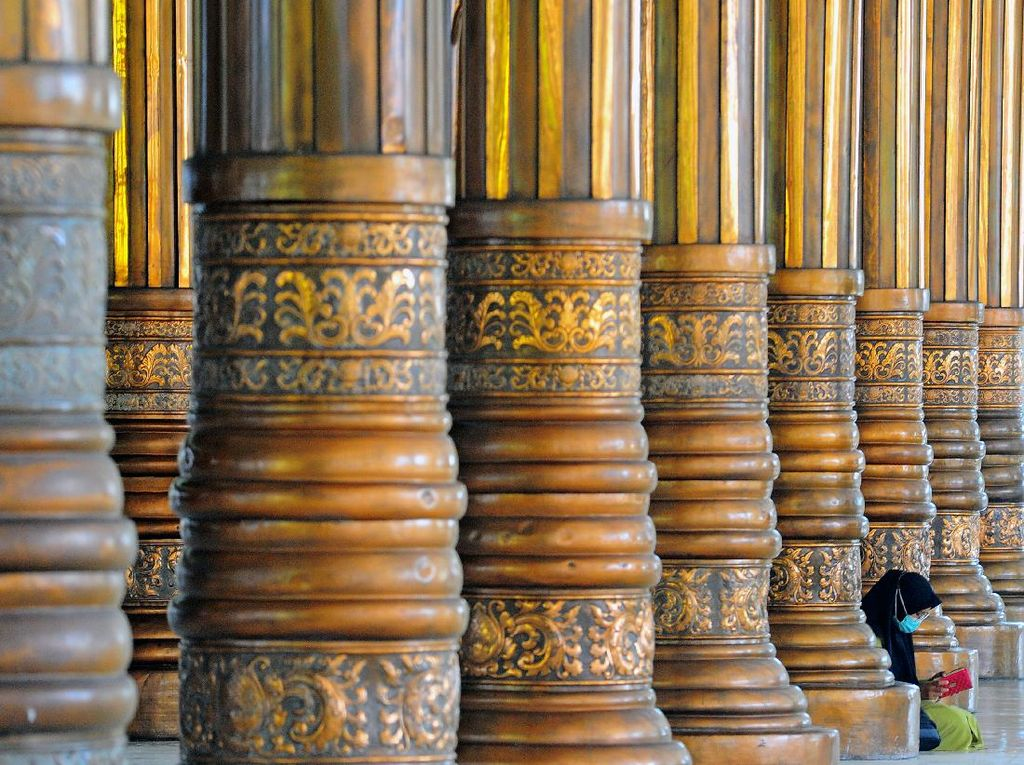 Melihat Masjid Seribu Tiang di Jambi