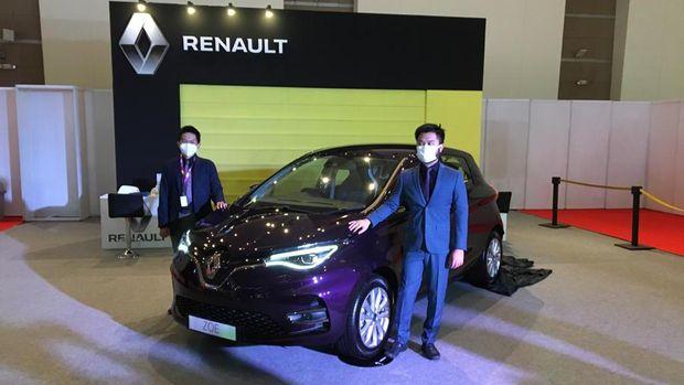 Mobil listrik Renault Zoe diperkenalkan di IIMS, 15 April 2021.