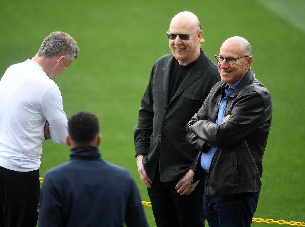Ed Woodward Cabut dari Manchester United, Keluarga Glazer Kapan?