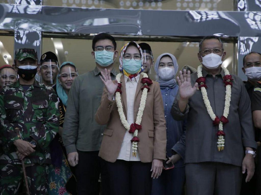 Akhiri Masa Jabatan, Airin Serahkan Kursi Walkot ke Bambang Noertjahjo