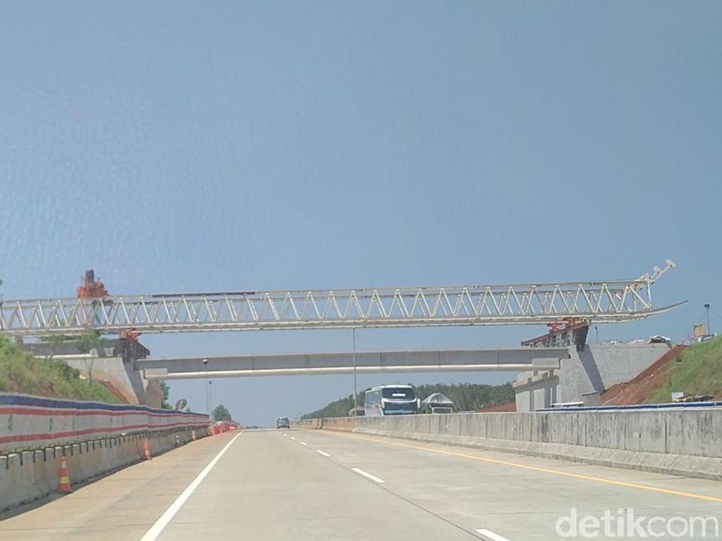 Perhatian! Tol Semarang-Batang Berlakukan Buka Tutup hingga Lusa
