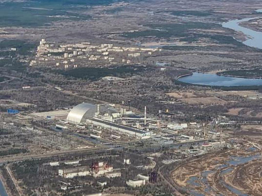 Rupa Situs Nuklir Chernobyl dari Penerbangan Rendah
