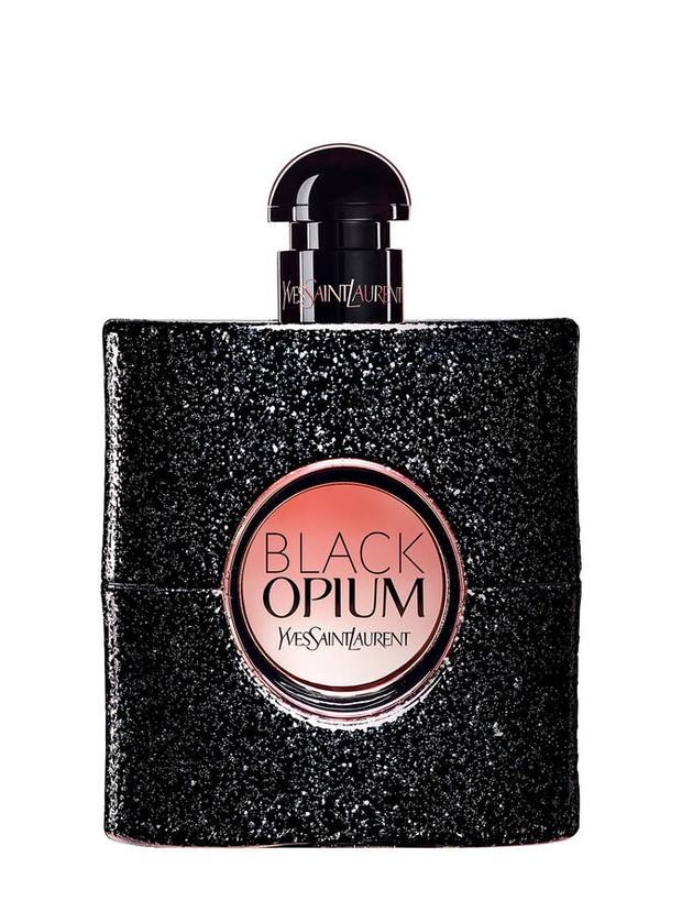 Ini parfum seksi yang palik ikonik, berkat aroma dari kopi yang kaya adrenalin dan sensualitas manis dari vanilla bersandar pada kelembutan bunga putih untuk keharuman yang modern
