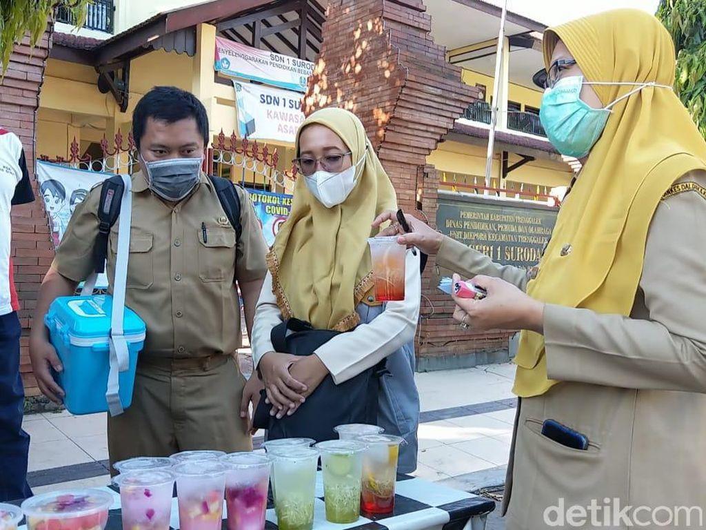 Cek Pasar Takjil, Dinkes Trenggalek Temukan Zat Berbahaya Dalam Makanan