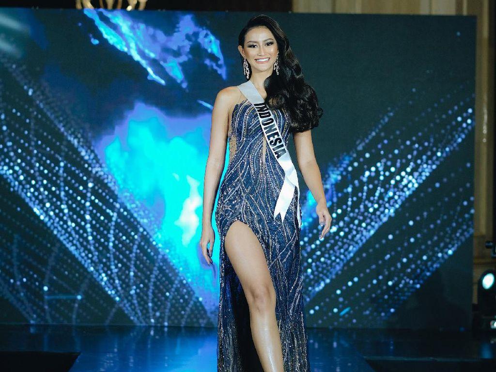 First Look! Foto Gaya Memesona Ayu Maulida untuk Miss Universe 2020