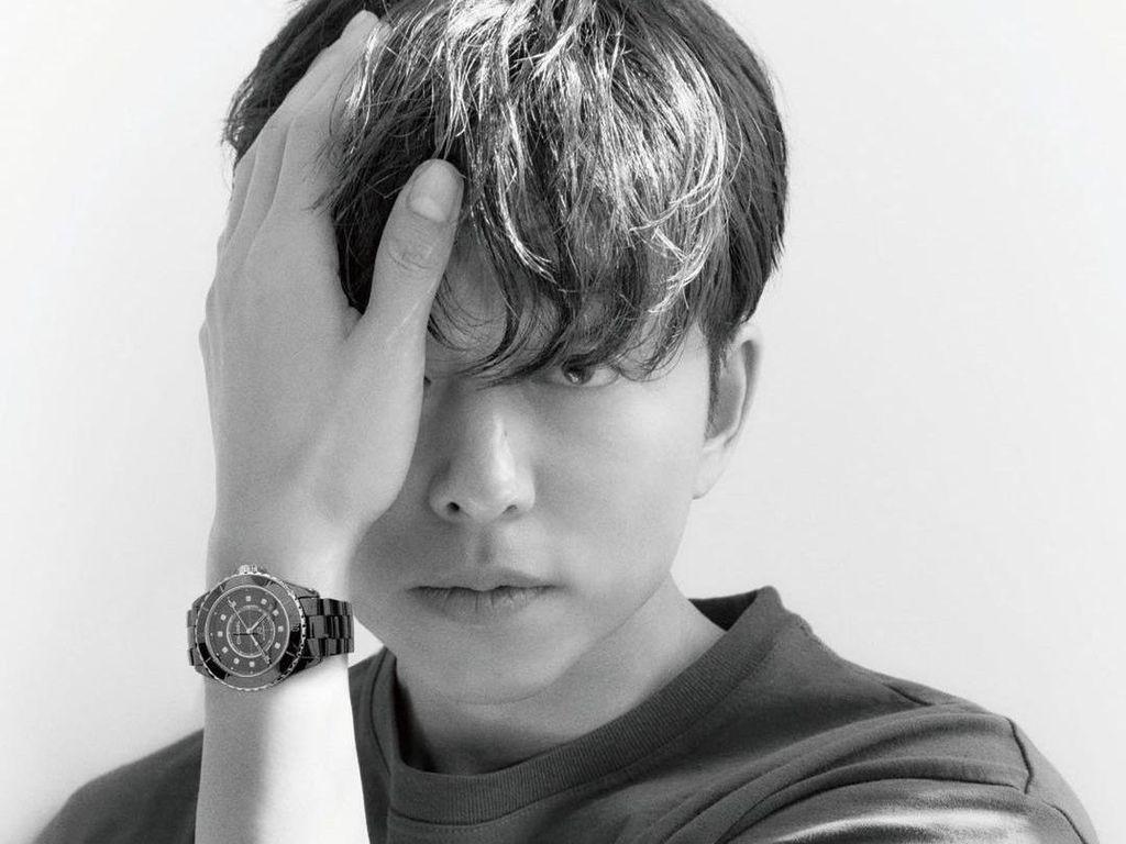 Penampilan Ganteng Gong Yoo Jadi Model Terbaru Chanel