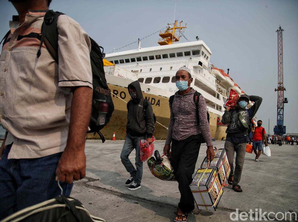 Libur Lebaran, Layanan Pelabuhan Berjalan Normal