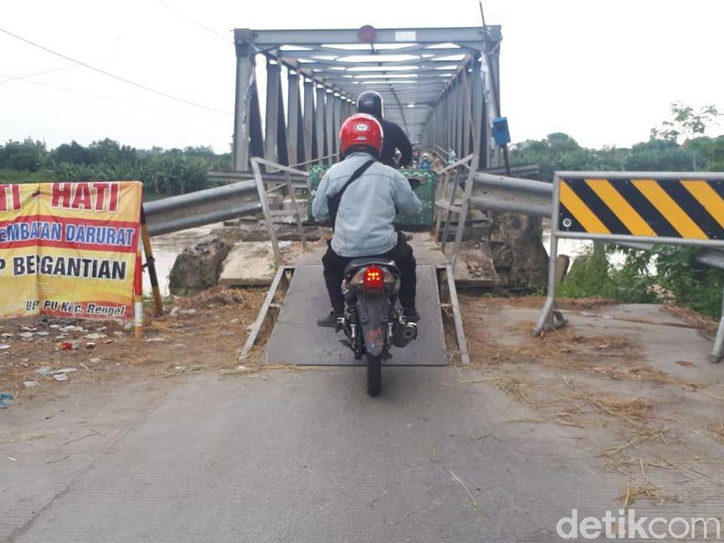 Jembatan Penghubung Tuban dan Bojonegoro Ini Sudah 6 Bulan Rusak