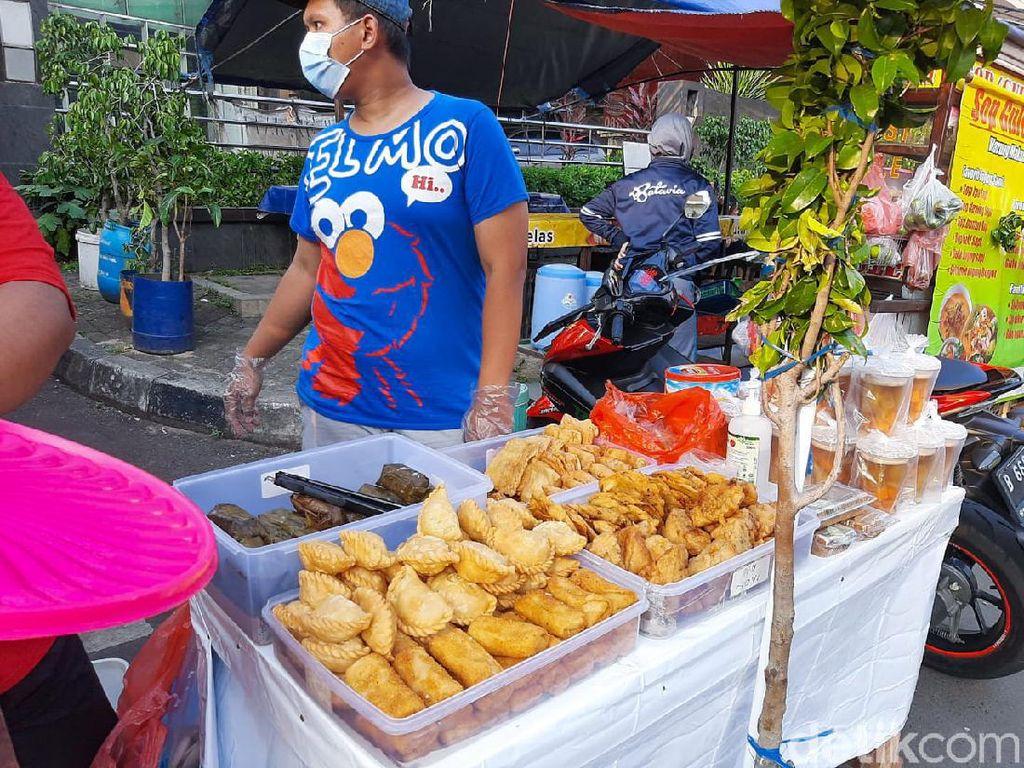 Jajan Takjil di Pasar Benhil Rp 20 Ribu, Dapat Apa Saja?