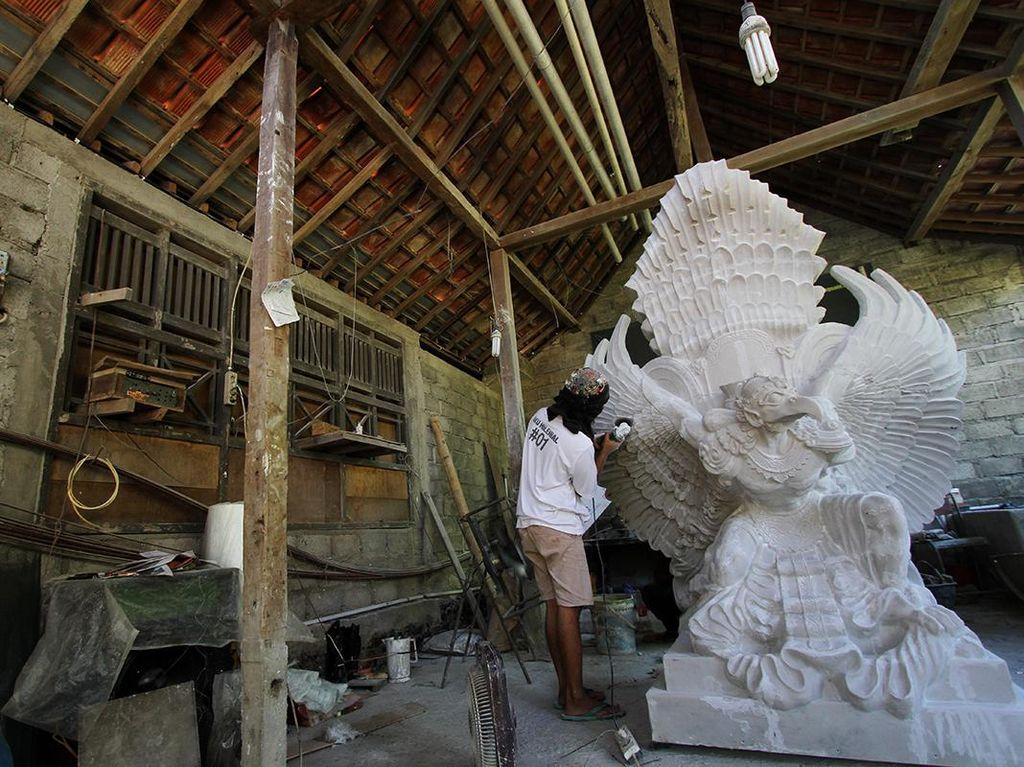 Patung Garuda Wisnu Kencana Versi Mini Ini Dijual Rp 35 Juta Lho