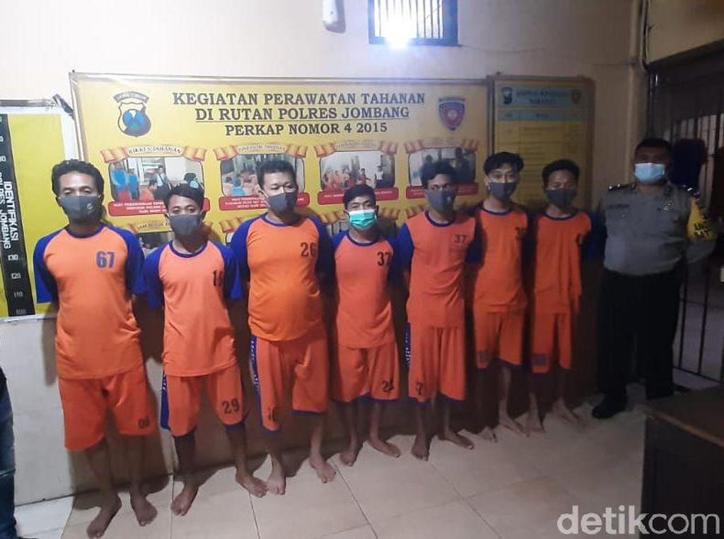 Pria di Jombang Dikeroyok Hingga Pingsan Gegara Pakai Topi Perguruan Silat
