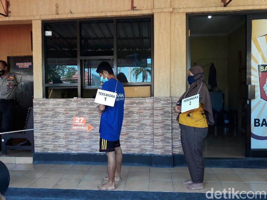 Usai Bunuh Bos Wajan, Istri-Karyawan Korban Salat-Makan Sate Bareng