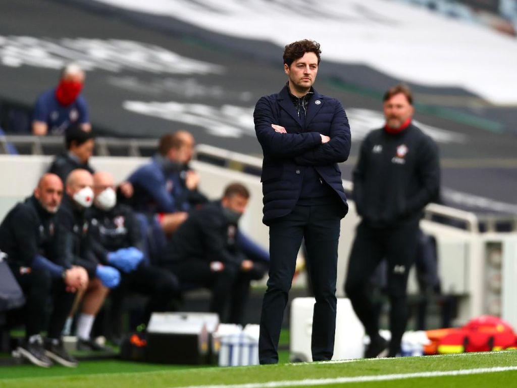 Ryan Mason Menang di Laga Debutnya Melatih Tottenham