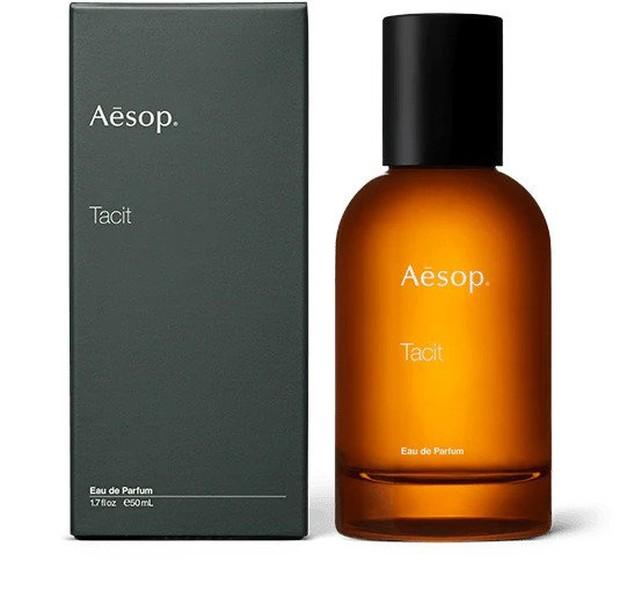 Banyak orang yang menghubungkan Aesop dengan aroma herba segar dan parfum ini menyetujuinya, karena ini diciptakan dengan buah jeruk yang segar.
