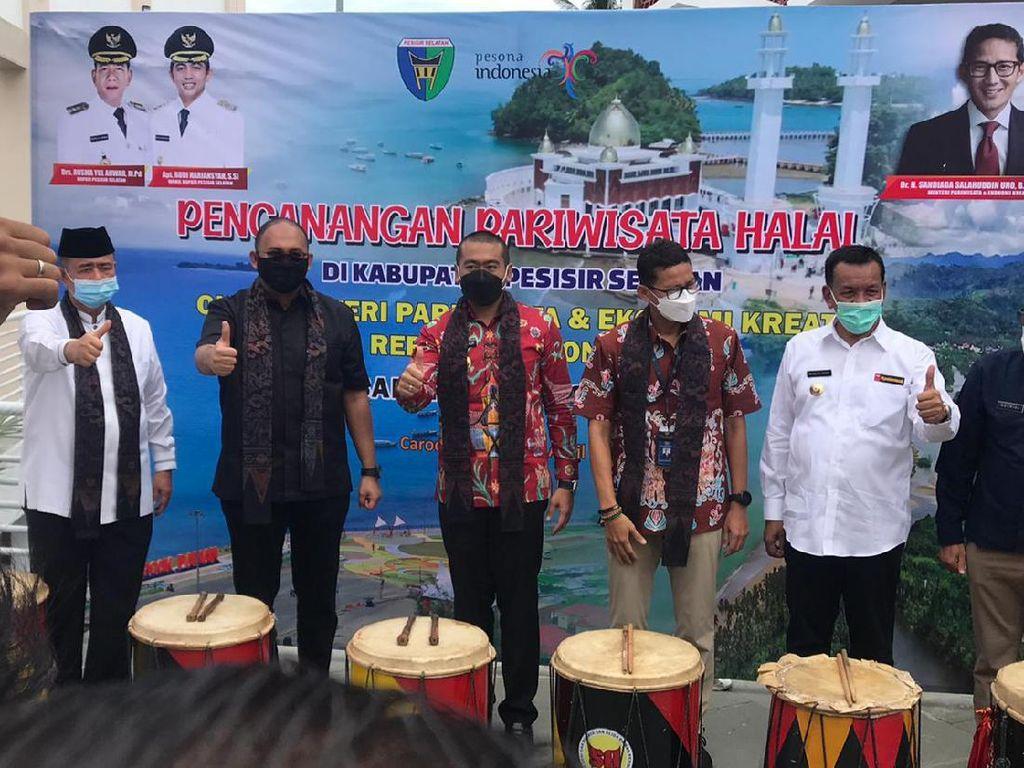 Andre Rosiade Sebut Sandiaga Setuju Puncak Paku jadi Puncak Jokowi