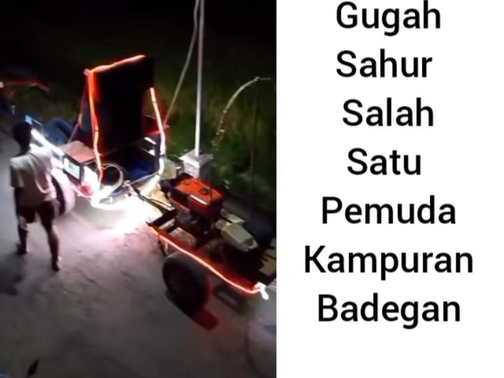 Warga di Ponorogo Bangunkan Sahur Pakai Traktor