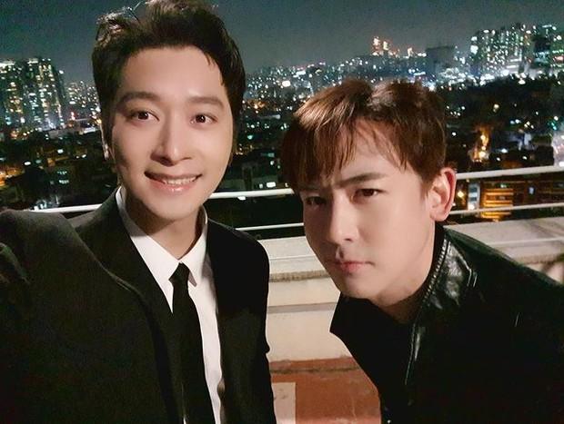 Chansung dan Nickhun 2PM saat menjadi cameo drama Vincenzo (foto: instagram.com/real_2pmstagram)
