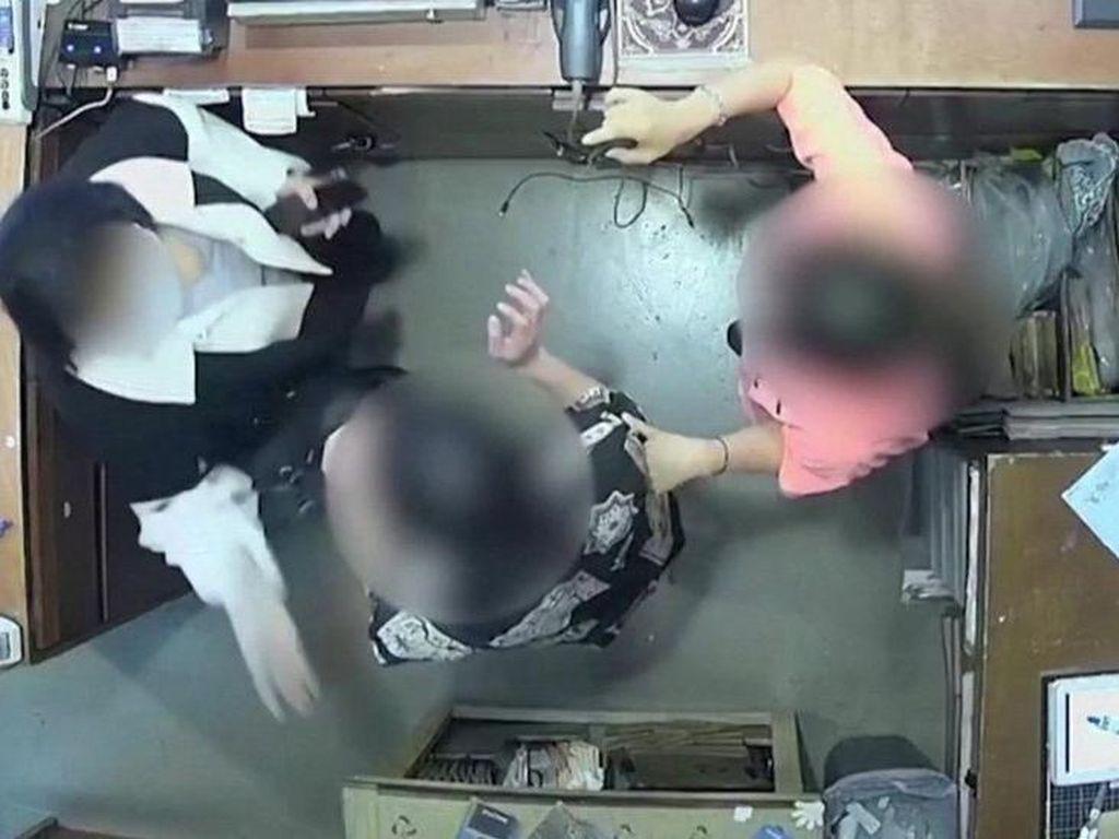Dubes Belgia di Korsel Minta Maaf Usai Istrinya Tampar Pegawai Toko