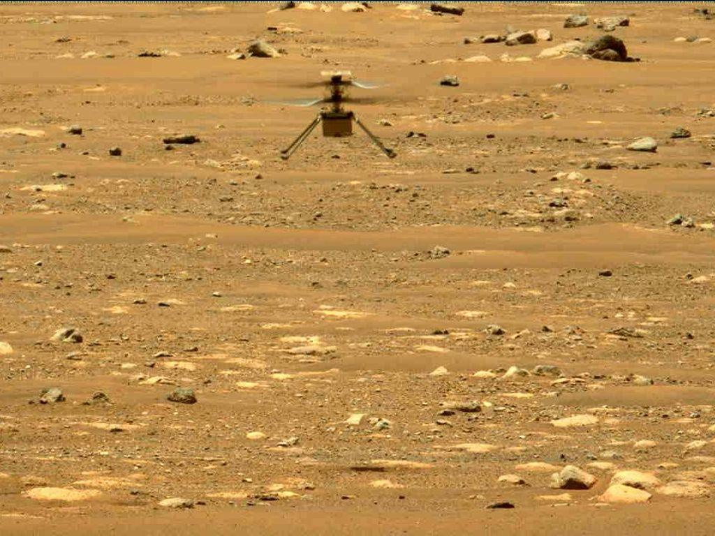 Helikopter NASA Terbang Lebih Tinggi Lagi di Planet Mars