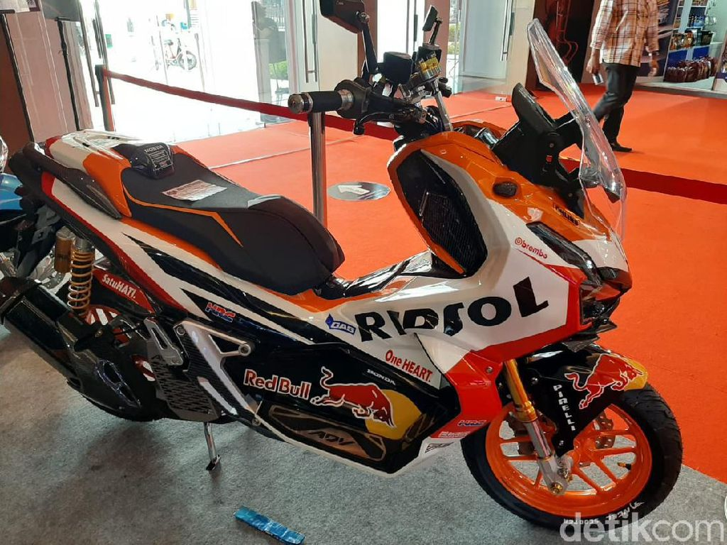 Inspirasi Honda ADV 150 Pakai Livery MotoGP
