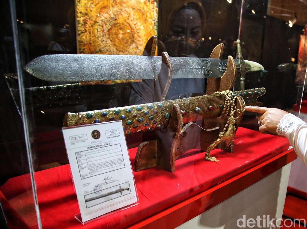 Ini Artefak Rasul dan Sahabat yang Dipamerkan di Jakarta Islamic Center