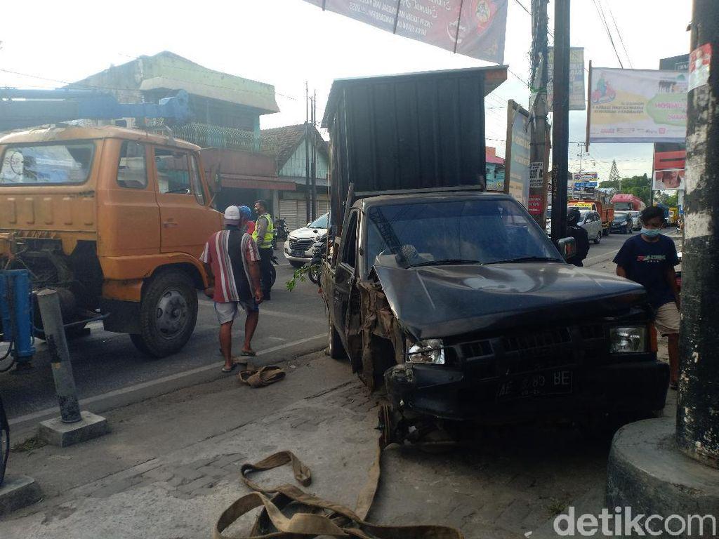 7 Kendaraan Kecelakaan Beruntun di Madiun, Satu Orang Tewas