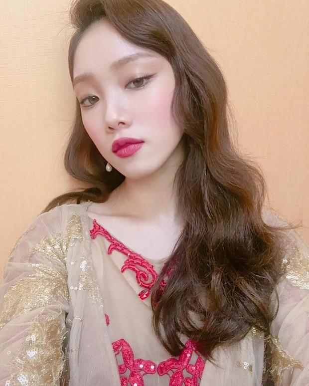 Kpop Classic Eyeliner dengan tampilan mata berekor yang indah /instagram.com/heybiblee