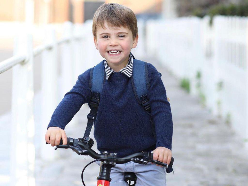 Mulai Masuk Preschool, Segini Biaya Sekolah Pangeran Louis