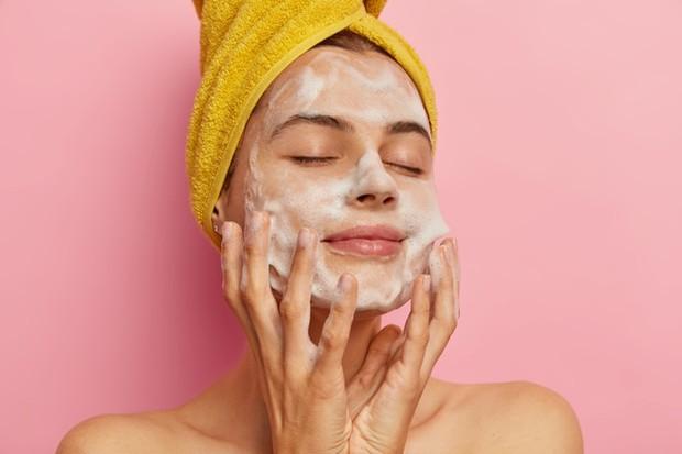 Selalu memastikan kondisi kulit dalam keadaan bersih.