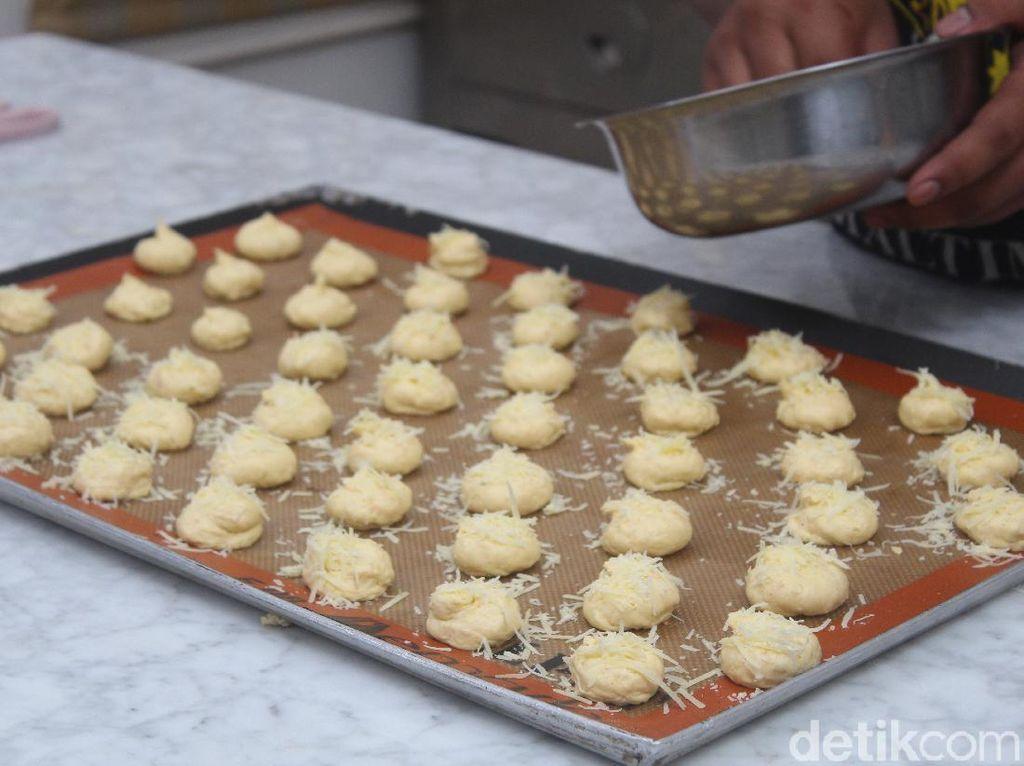 Resep Cookies Melinjo Keju, Sajian Unik untuk Idul Fitri