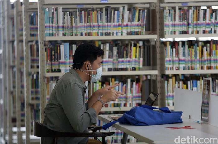 Tanggal 23 April diperingati sebagai Hari Buku Sedunia. Gerakan semangat membaca pun terus digaungkan untuk dorong antusias generasi muda RI dalam hal literasi.