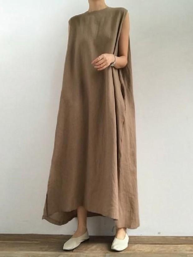 simple spilt loose dress (sumber : pinterest.com/uoozee)
