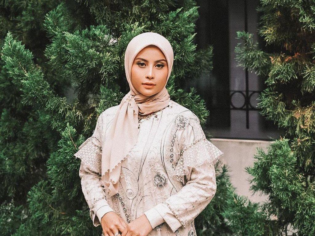 Bikin Pangling, 8 Gaya Awkarin Berhijab Selama Ramadhan