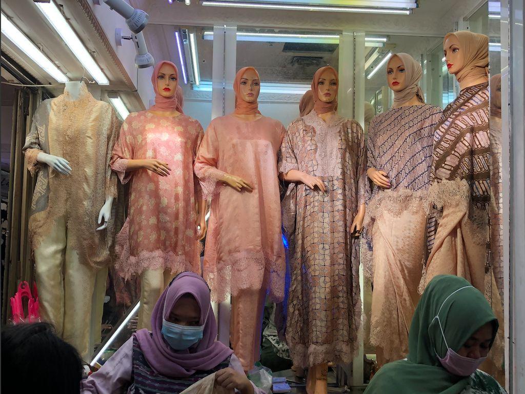 Tren Batik Modern Sebagai Baju Lebaran 2021, Diminati Hingga Luar Negeri